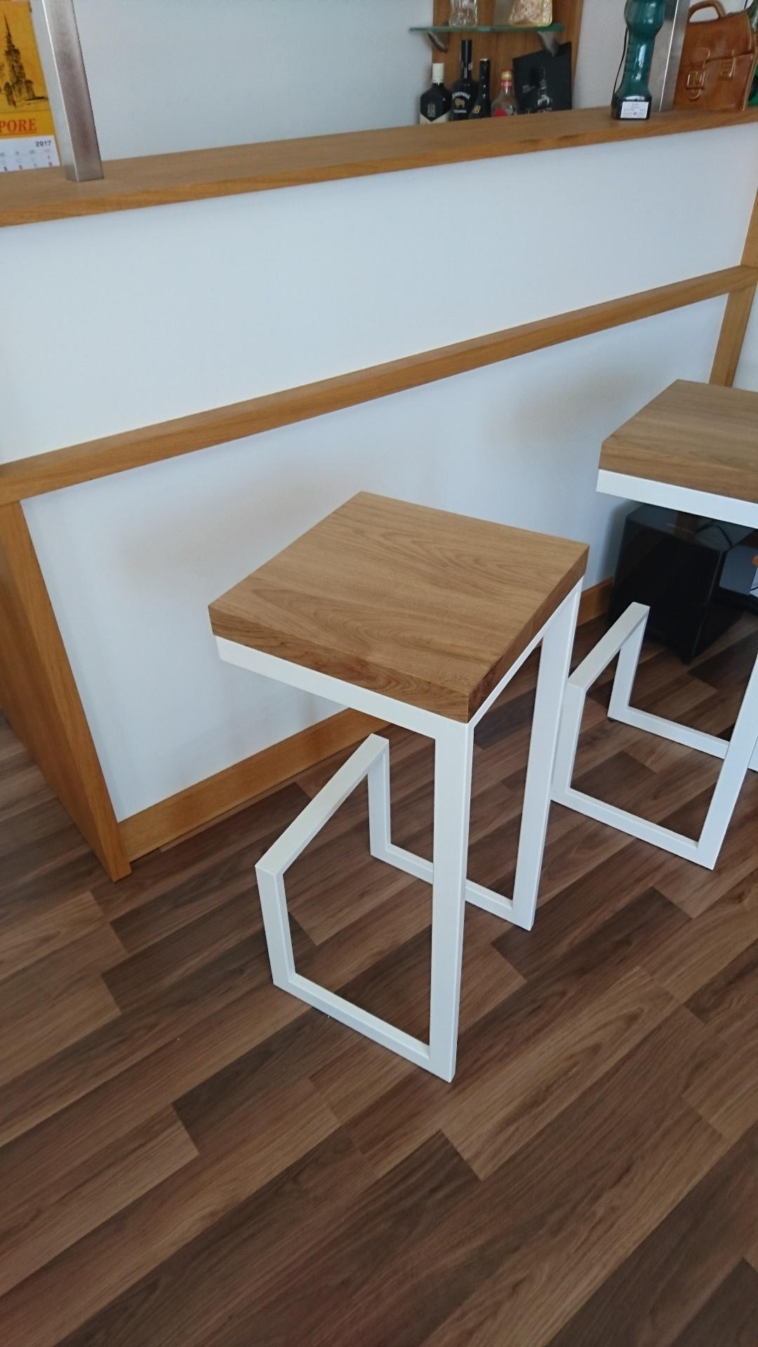 barhocker aus holz und metall. Black Bedroom Furniture Sets. Home Design Ideas
